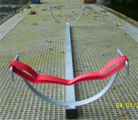 car roof rack for single sculls collect at 8s head - Sculling Boat Rack