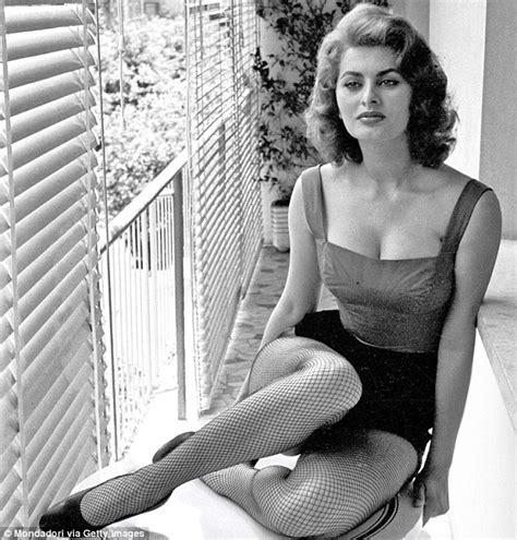 Sof A Loren P Gina Vogue