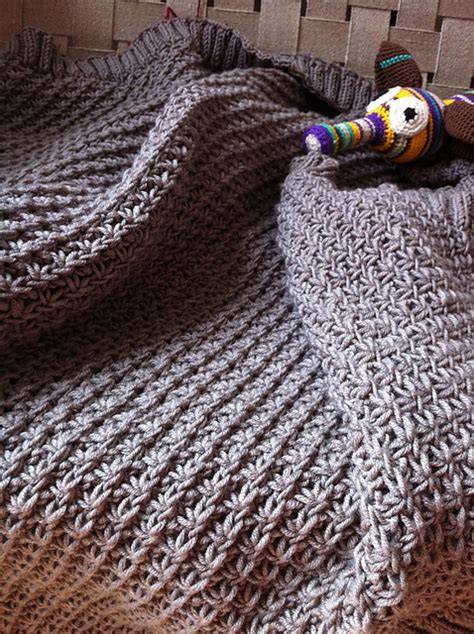 Ravelry Baby Blanket Patterns by Awww Some Baby Blanket Knitting Patterns In The Loop
