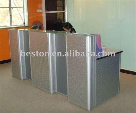 Quilted Reception Desk Best 25 Salon Reception Desk Ideas On Salon Reception Ideas Salon Reception