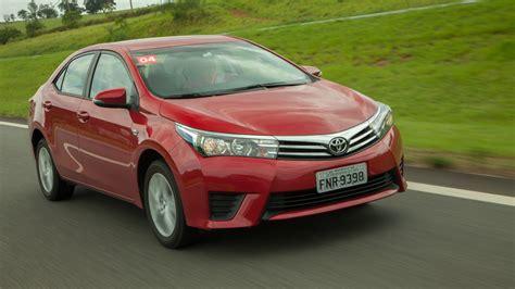 L S Toyota Toyota Oferece Etios Corolla E Prius Desconto Para