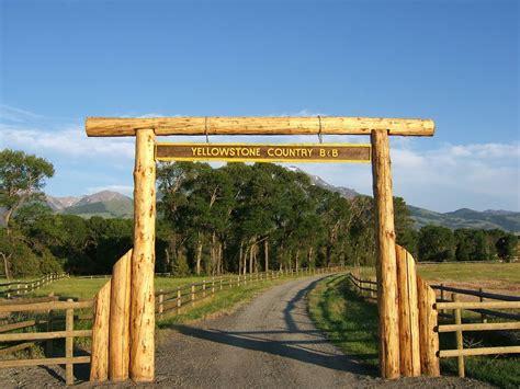 log cabine yellowstone country cabine log cabine sul homeaway