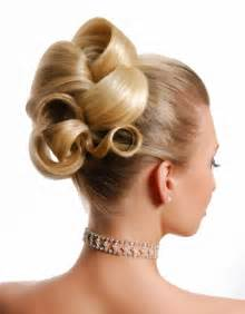 barrel curl hairpieces is one of these 7 hairstyles right for you on your wedding