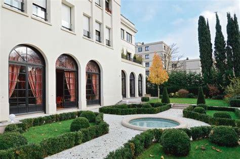 À Neuilly, un hôtel particulier à vendre pour 75 M?