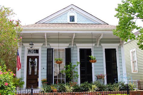 nola neighborhoods uptown old metairie homes and condos