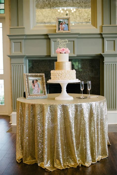 Cake Table Wedding by The 25 Best 50th Anniversary Cakes Ideas On