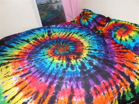 tie dyed comforter set 25 best ideas about tie dye bedroom on tie