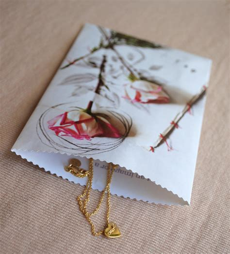 Make Paper Gift Bags - zakka upcycle craft paper gift bags