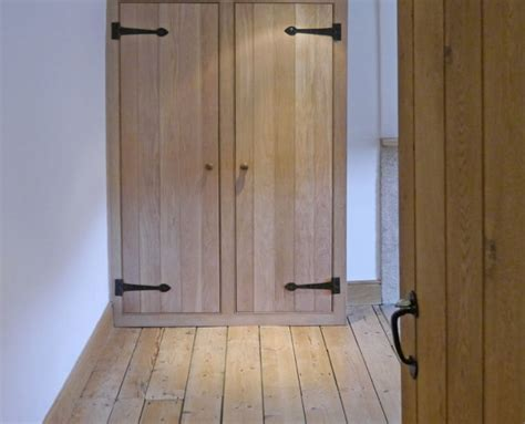Oak Fitted Wardrobes by Solid Oak Fitted Wardrobes