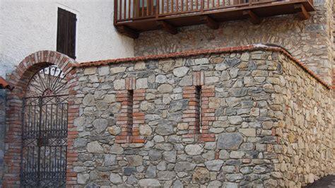 muretti interni in pietra muri in pietra comecreareunsito