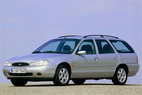 Ford Mondeo Wagon 2 5i V6 Navigator Manual 1999 1999