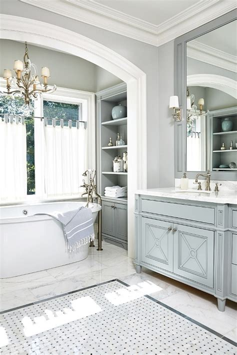 Gray White Traditional Bathroom Interior Design Ideas | interior design ideas home bunch interior design ideas