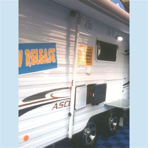 Rv Awning Center Support by Caravansplus Optima Tension Rafter And Centre Support Awning Roof