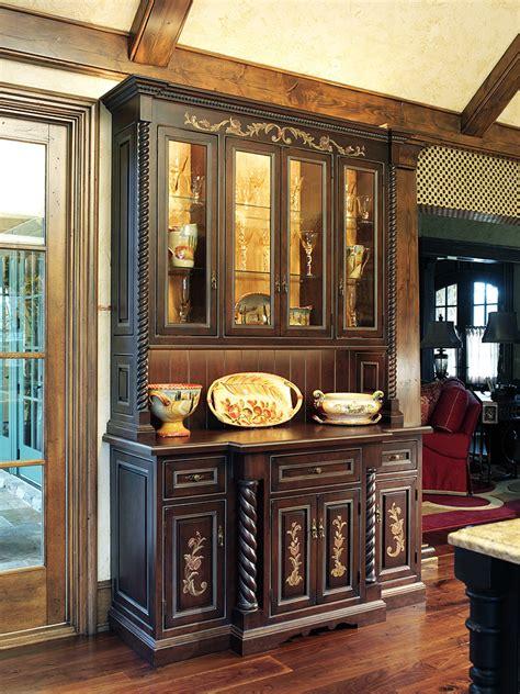 mullet cabinet � breathtaking kitchen designed for royalty