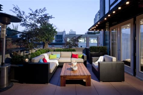 Backyard Burger Headquarters Revitalizing Balcony And Terrace Design Ideas Adorable Home
