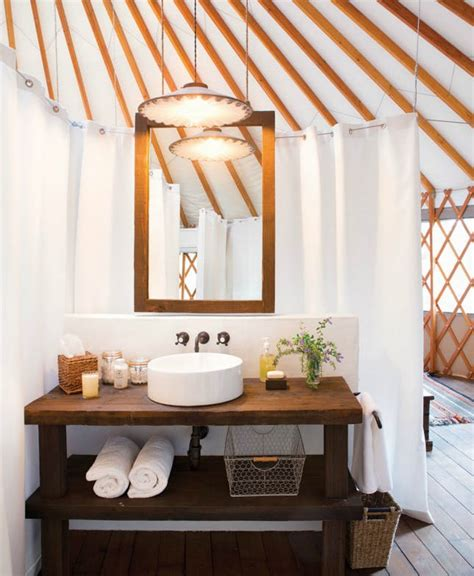 Yurt Shower by 10 Modern Yurts You Could Totally Live In Brit Co