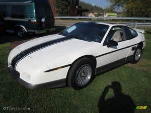 1986 Pontiac Fiero Gt Specs White 1986 Pontiac Fiero Gt Exterior Photo 64165208