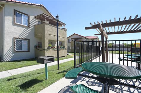 lancaster appartments regency lancaster apartments rentals lancaster ca