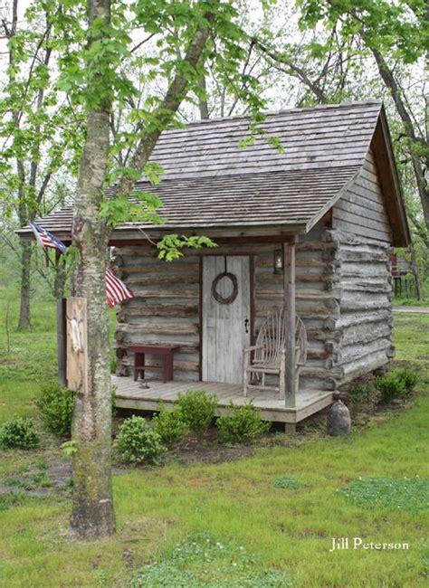28 best 25 log cabin exterior ideas on log houses log 25 best log cabin sheds ideas on tiny log