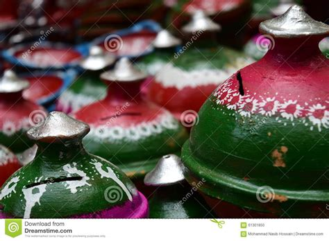 Make Handmade Showpiece - pottery handmade showpieces stock photo image 61301850