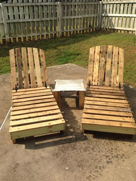 chairs made from wood pallets pallet lounge chair plans recycled things