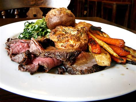 sunday lunch with for the 40 seriously sunday lunches s best roasts