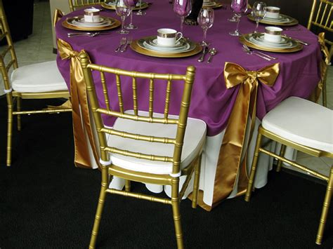 48 round table fits how many how to choose the right table linen size for your wedding