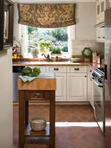 Kitchen Island Spacing by Remodel Chicagoland