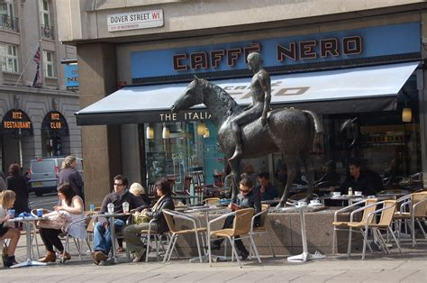 Caffe Nero, Piccadilly, London   Restaurants/Cafes and Delis in London   LondonTown.com