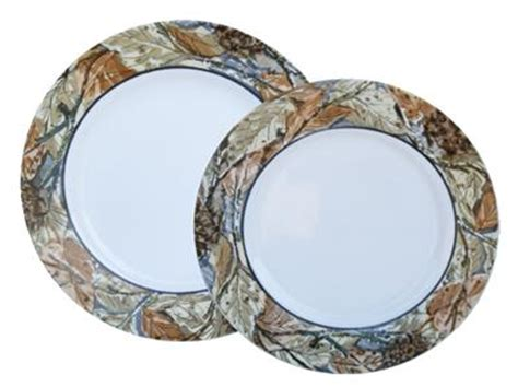 camouflage pattern corel corelle woodland leaves camouflage dinner plate outdoors