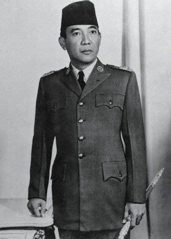 Soekarno Komunis Dan Fasis Orba 1 elisabeth jacksi pahlawan nasional