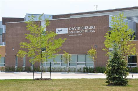 David Suzuki School Executive Brton Townhouses Near Flowertown Avenue Brton
