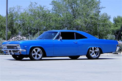 1966 CHEVROLET IMPALA SS CUSTOM SPORT COUPE   196180