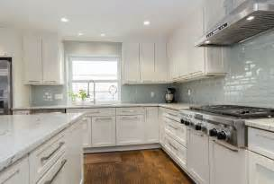 backsplash ideas with white cabinets and countertops