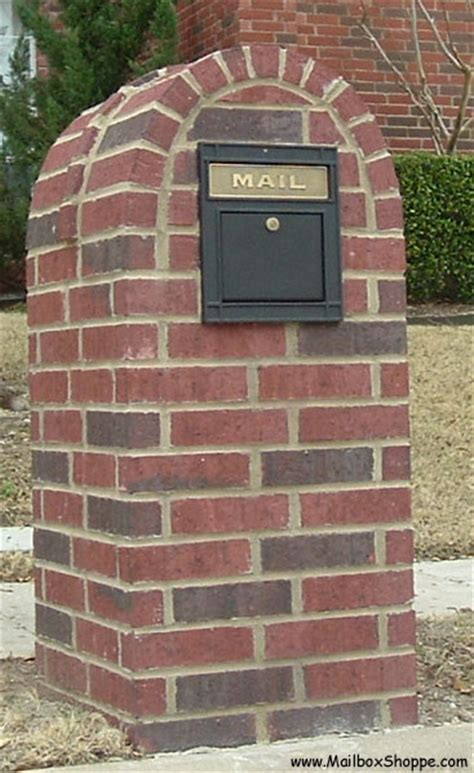 how to decorate a square brick mailbox for christmas locking column mailbox insert