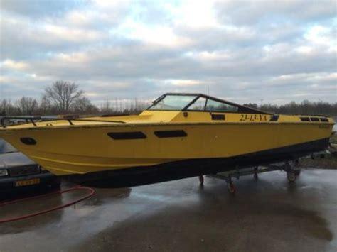 v8 speedboot wellcraft speedboot 2 x mercruiser v8 opknapper 8 5 meter