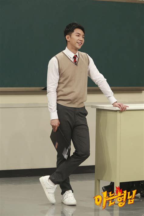 lee seung gi aaa 2018 lee seung gi knowing bros still cuts 2 everything lee