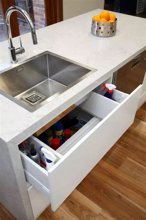how to choose a kitchen sink to fit the interior