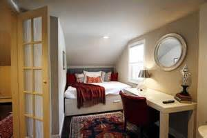 Idecor 18 small bedroom decorating ideas apartment geeks