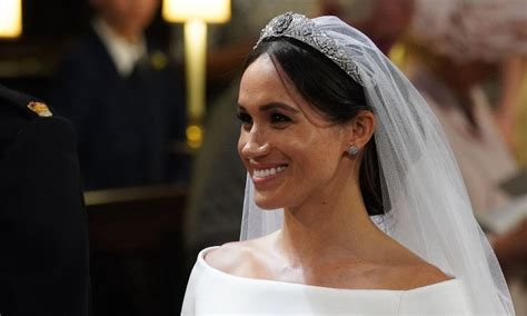 Wedding Hair And Makeup Pictures by Meghan Markle S Royal Wedding Hair Makeup All The Pictures