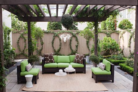 outdoor fence decoration ideas patio shabby chic style
