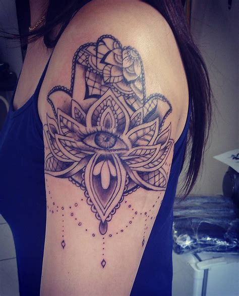 fatima hand tattoo gorgeous hamsa tattoos