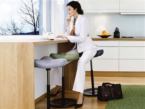 Sit Stand Stool Reviews by Varier Move Sit Stand Stool