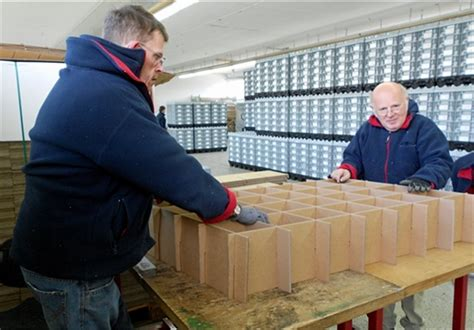 Caritas Werkstätten by Caritas Werkst 228 Tten Fertigen Nach Dem Kanban System