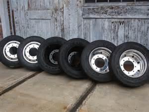 Alcoa Truck Wheels 19 5 New Set 19 5 Polished Alcoa Wheels 245 70r19 5 Tires Ebay