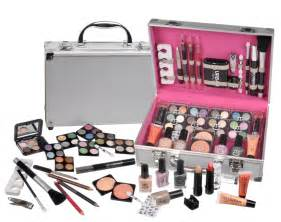 Makeup Vanity Cases Uk 60 Make Up Set Vanity Ebeez Co Uk