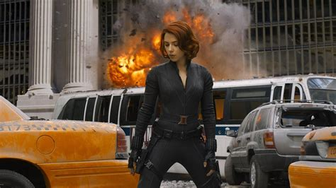 black widow avengers the avengers strong female characters and failing the