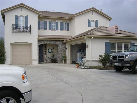 stucco house colors the 25 best stucco house colors ideas on