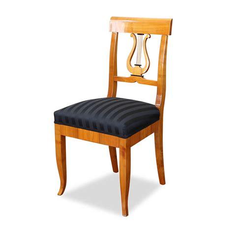 biedermeier stuhl mit lyra aus kirsche stilwohnen de - Biedermeier Stuhl