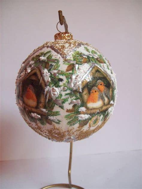 Decoupage Ornament - decoupage bola par 225 rvores de natal